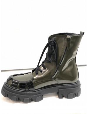 Anfibio verde militare