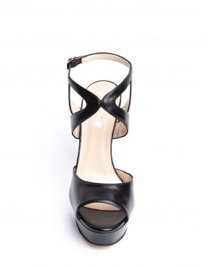Sandalo nero con plateaux